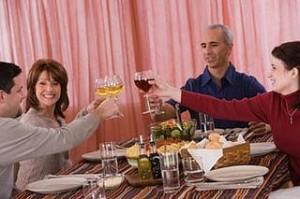 Cómo actuar delante de los padres de nuestra pareja | Noviazgos.com