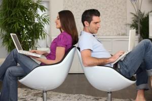 El peligro de las redes sociales con nuestra pareja: facebook, twitter … | Noviazgos.com